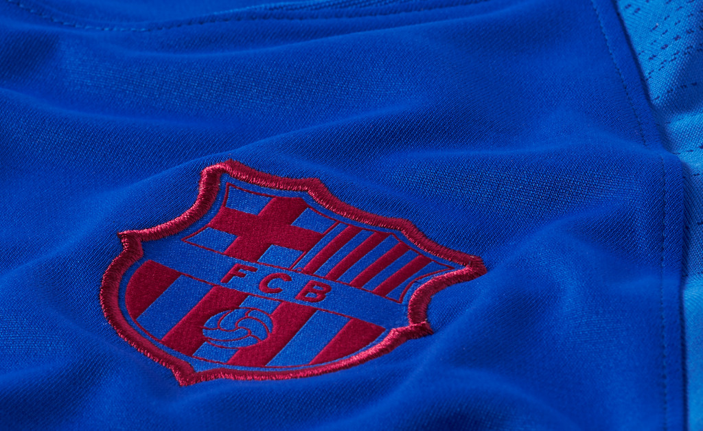 NIKE FC BARCELONA STRIKE SQUAD JUNIOR 19/20 IMAGE 3