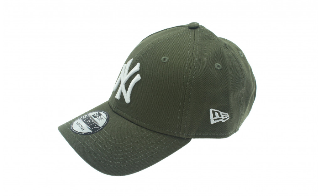 NEW ERA LEAGUE ESSENTIAL 9FORTY NY IMAGE 1
