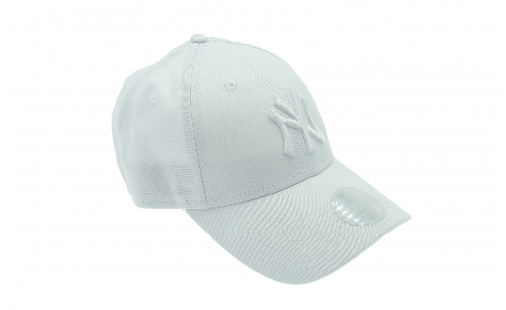 NEW ERA NEW YORK YANKEES ESSENTIAL 9FORTY MUJER IMAGE 5