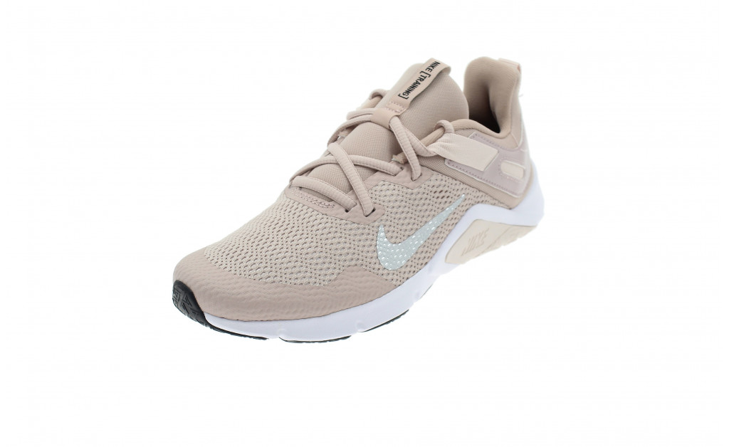 NIKE LEGEND ESSENTIAL MUJER IMAGE 1