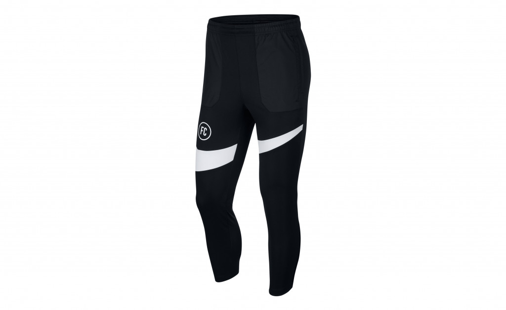 NIKE FOOTBALL PANTS IMAGE 1