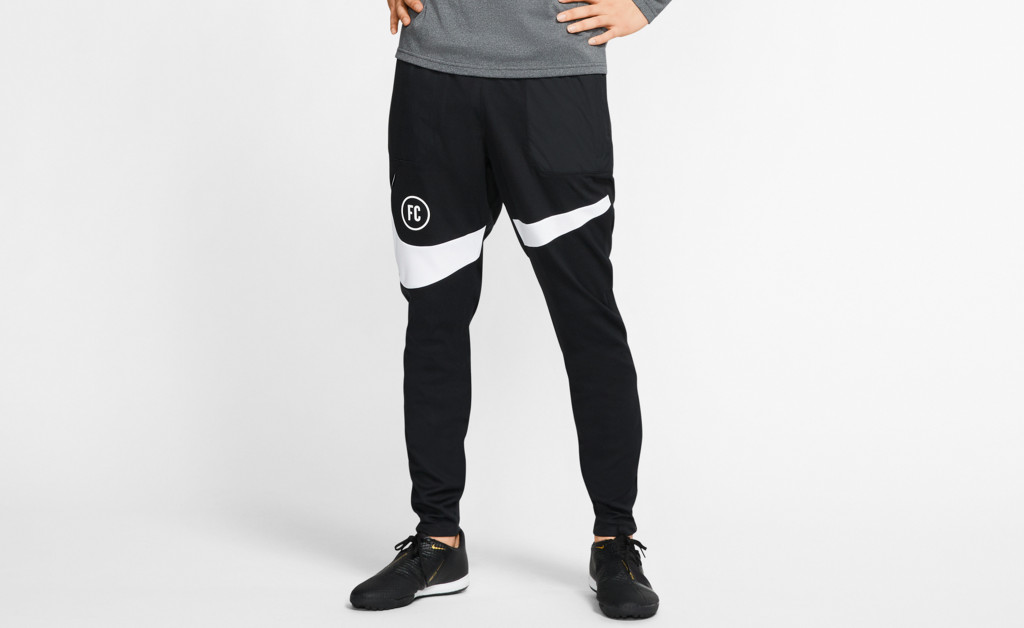 NIKE FOOTBALL PANTS IMAGE 7