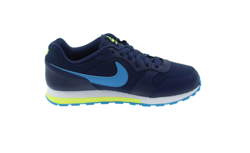NIKE MD RUNNER 2 JUNIOR IMAGE 3