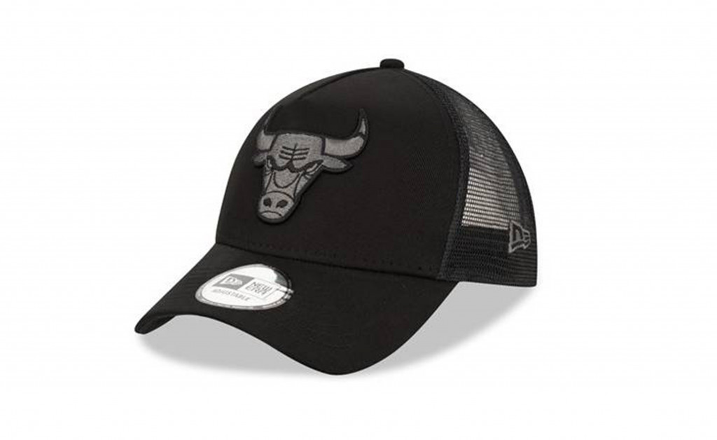 NEW ERA CHICAGO BULLS 9FORTY TRUCKER IMAGE 1