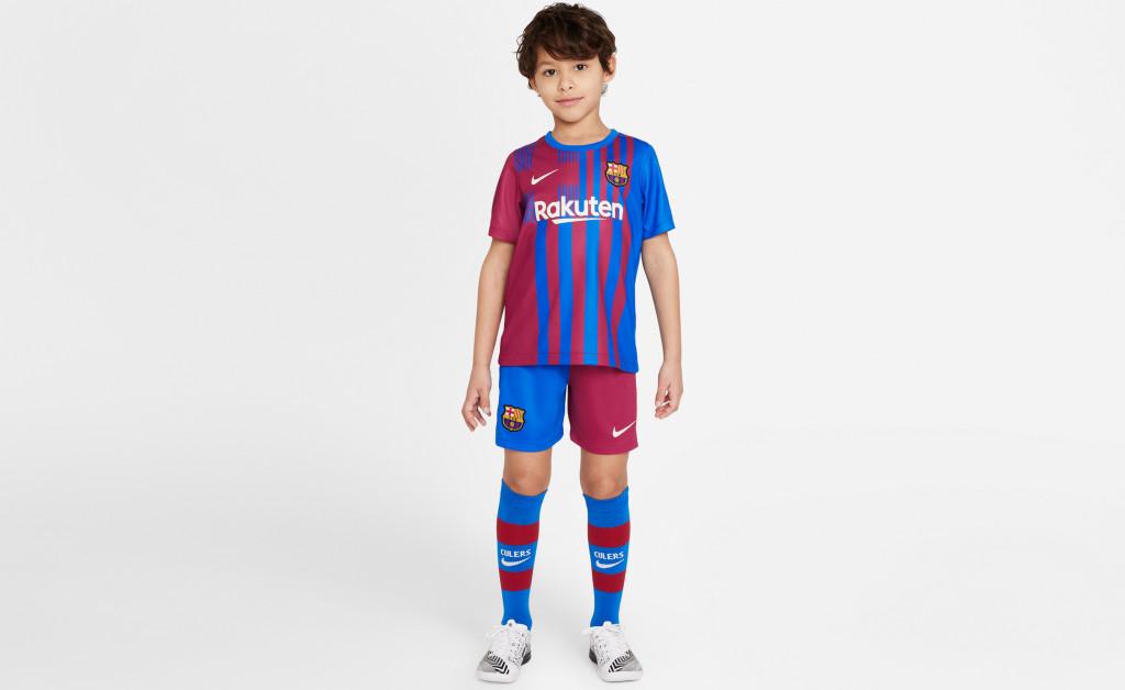 NIKE FC BARCELONA KIT HOME KIDS 21/22 IMAGE 3