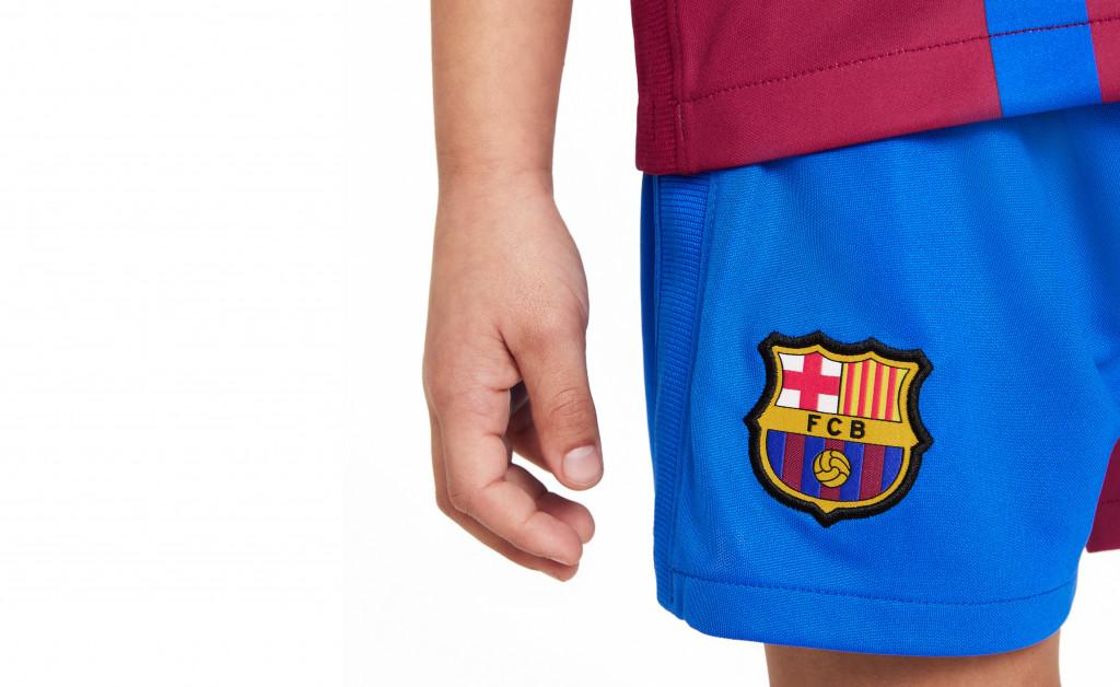 NIKE FC BARCELONA KIT HOME KIDS 21/22 IMAGE 9