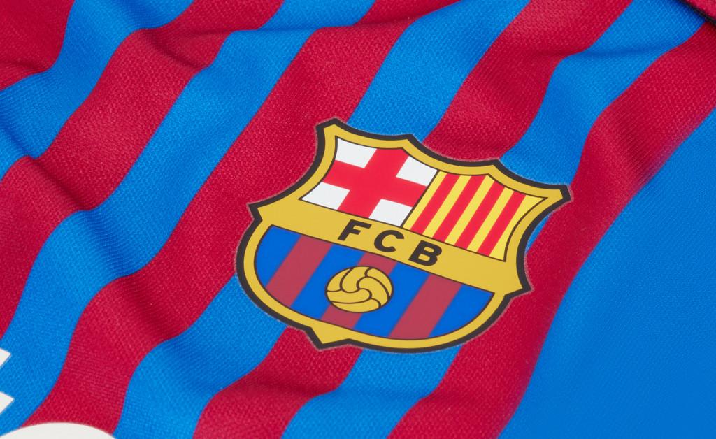 NIKE FC BARCELONA KIT HOME BEBÉ 21/22 IMAGE 3