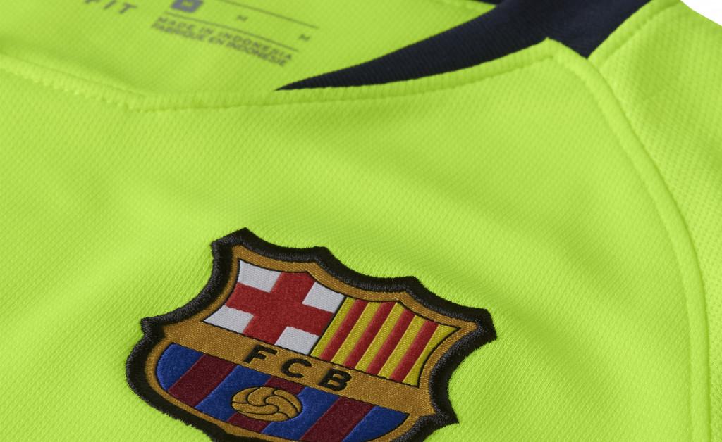 NIKE FC BARCELONA STADIUM AWAY NIÑO 18/19 IMAGE 3