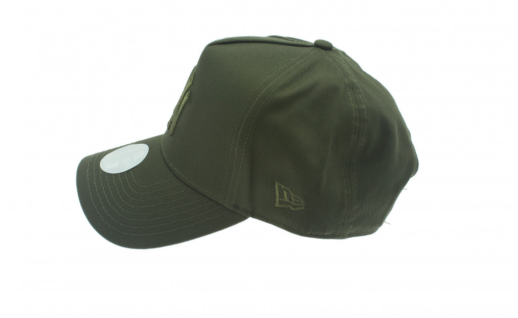 NEW ERA WOMENS LEAGUE ESSENTIAL NY IMAGE 3