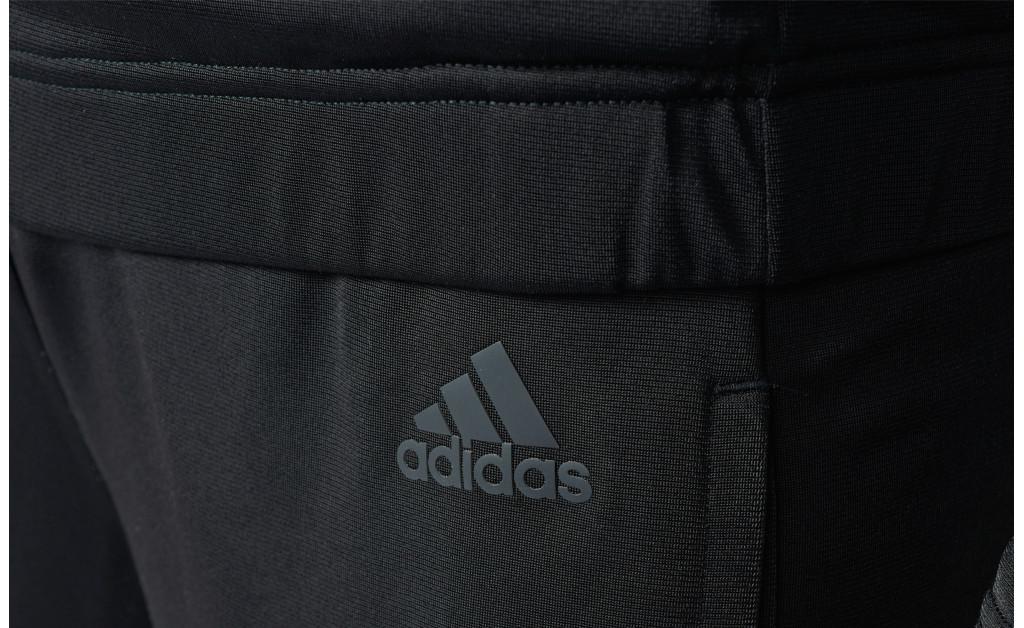 adidas CHÁNDAL BACK 2 BASICS 3S MUJER IMAGE 8