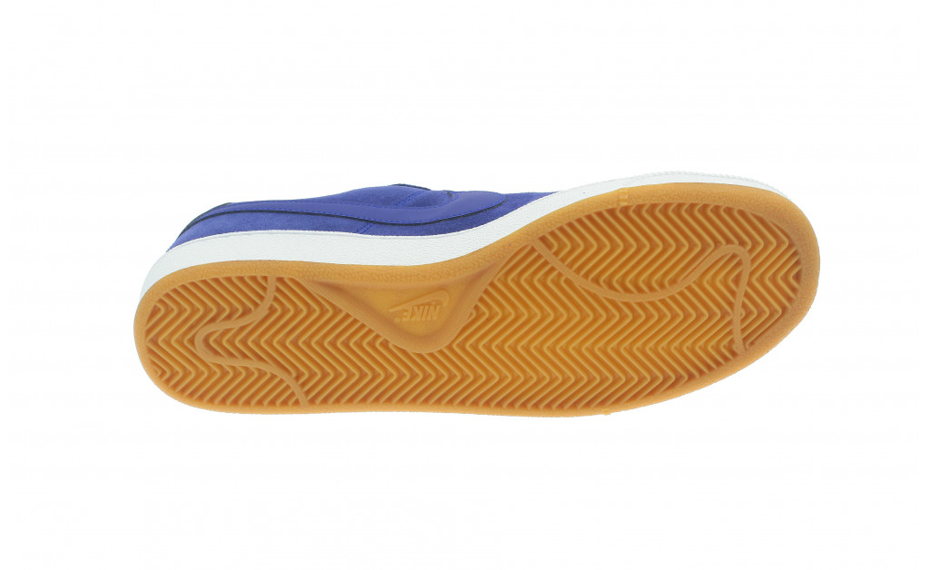 NIKE COURT ROYALE SUEDE IMAGE 6