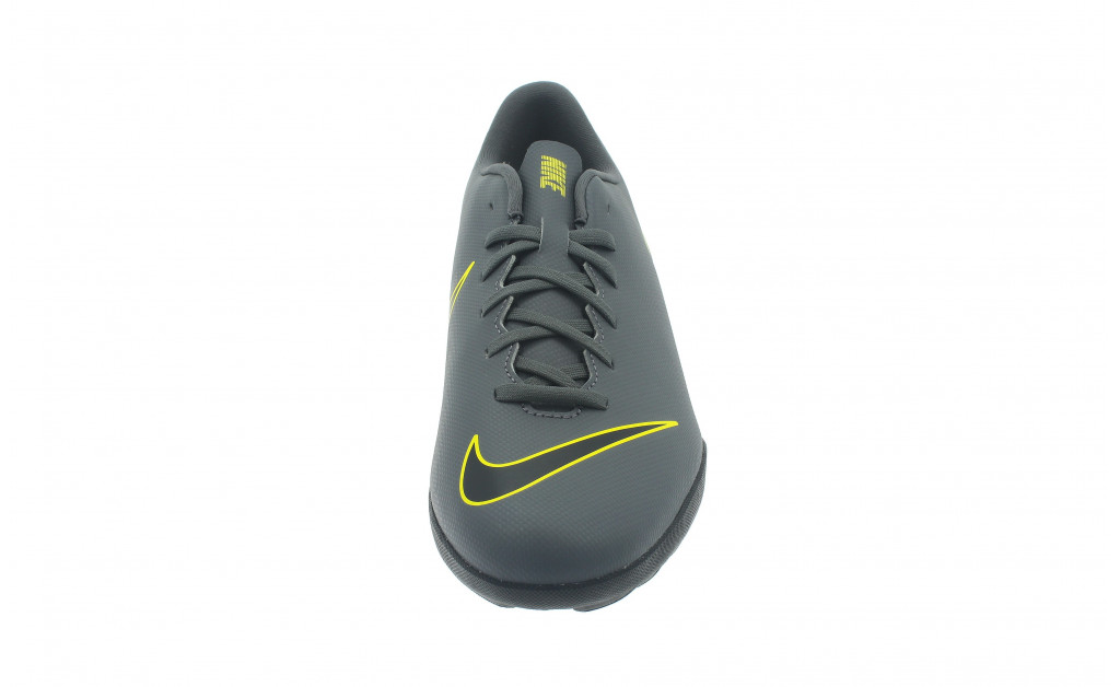 NIKE VAPOR 12 CLUB TF IMAGE 4
