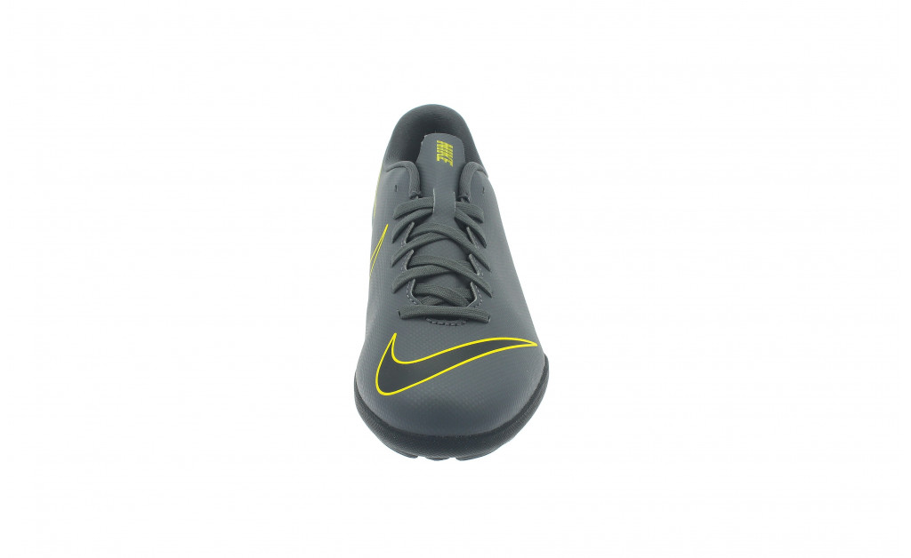 NIKE VAPOR 12 CLUB TF JUNIOR IMAGE 4